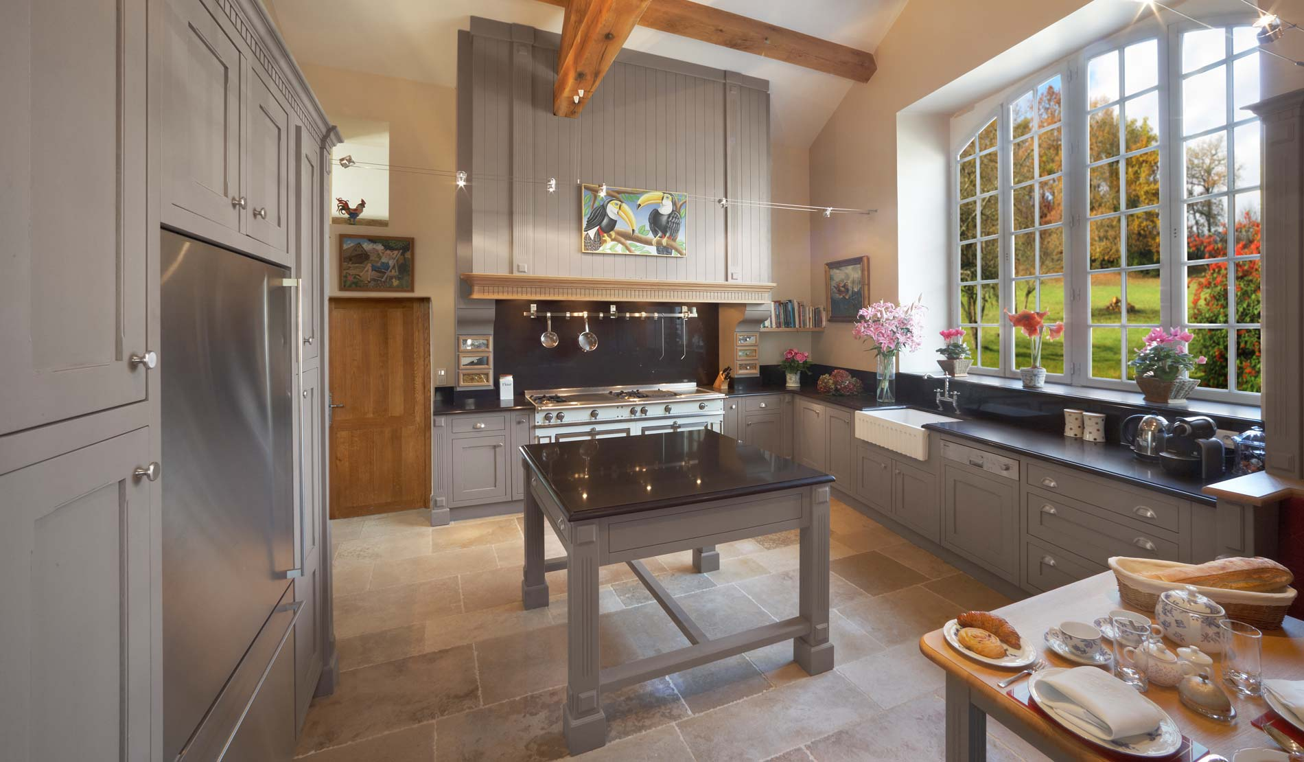 Cuisine moderne dans maison ancienne maison moderne for Cuisine dans maison ancienne